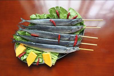春刀鱼烧烤串